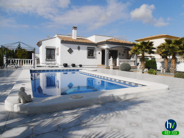 #723 : Hondon Three Bed Detached Villa Furnished and set in a large plot
