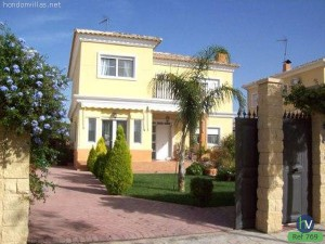#769 : Executive Style Detached Villa Aspe