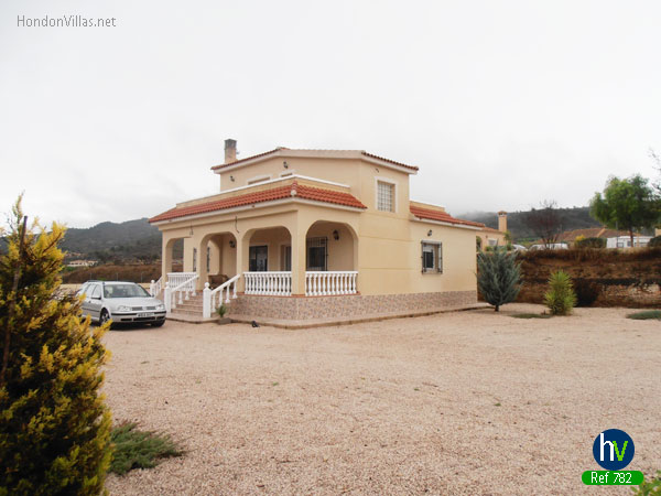 #782 : Hondon Frailes Villa Fantastic Views on Large Plot