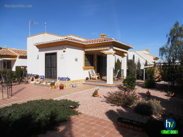 #806 : Hondon De las Nieves Detached Villa