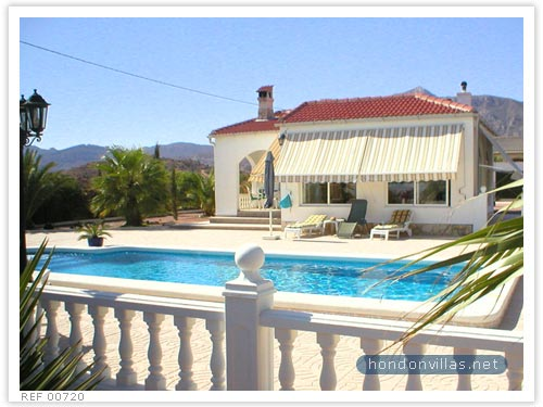 Albatera Villa for Sale